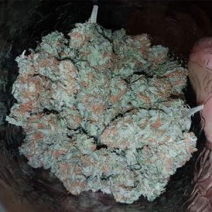 Buy Pineapple Kush in Aberdeen